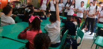 Estudiantes de Nutrición de la Extensión Sinaloa de Leyva enseñan a niños de nivel primaria a prevenir enfermedades por consumo de alimentos contaminados