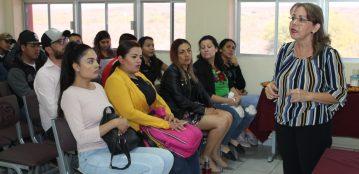 """Disertan la Conferencia """"La Acuacultura: Actividad Estratégica En El Norte De Sinaloa"""" en la Unidad Regional El Fuerte"""