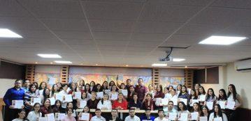Estudiantes con matrícula de honor y promedios de excelencia son reconocidos en UAdeO Unidad Regional Guamúchil