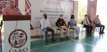 Unidad Regional Guasave reconoce el trabajo de docentes jubilados, destacando su participación en la formación de grandes profesionistas