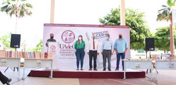 """Asociación de Egresados Amigos de la Universidad Autónoma de Occidente dona 300 libros a la Biblioteca """"Dr. Gonzalo Armienta Calderón"""" de la Unidad Regional Culiacán"""